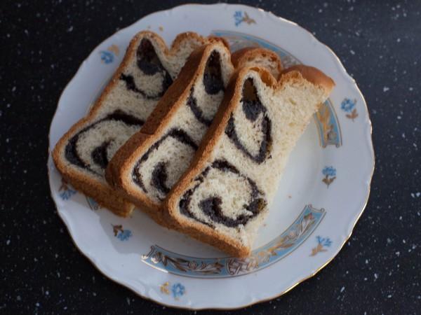 Маковая завитушка из сдобного теста  в хлебопечке