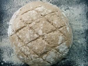 ржаной-хлеб-на-закваске-перед-выпечкой