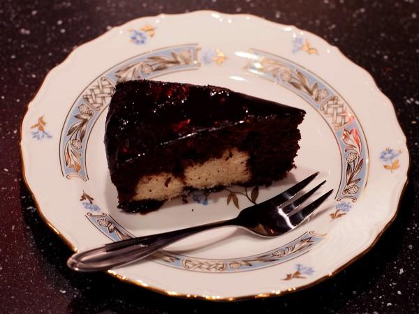 шоколадный-пирог-творожные-шарики-4