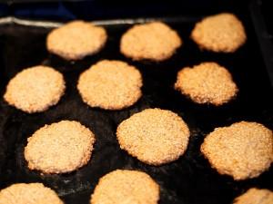 печенье-кунжутное-готовое