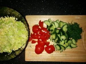 салат-с-авокадо-овощи