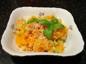 салат-тыква-сельдерей-ореховый-соус